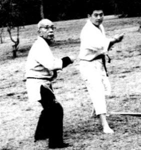 Takamatsu sensei training with young Hatsumi